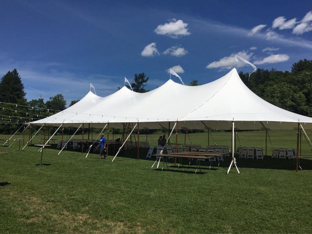 Our Sailcloth tents offer the same elegant look with the addition of wood-veneered center and side poles as well as a sailcloth fabric that is luminescent ... : center pole tent - memphite.com